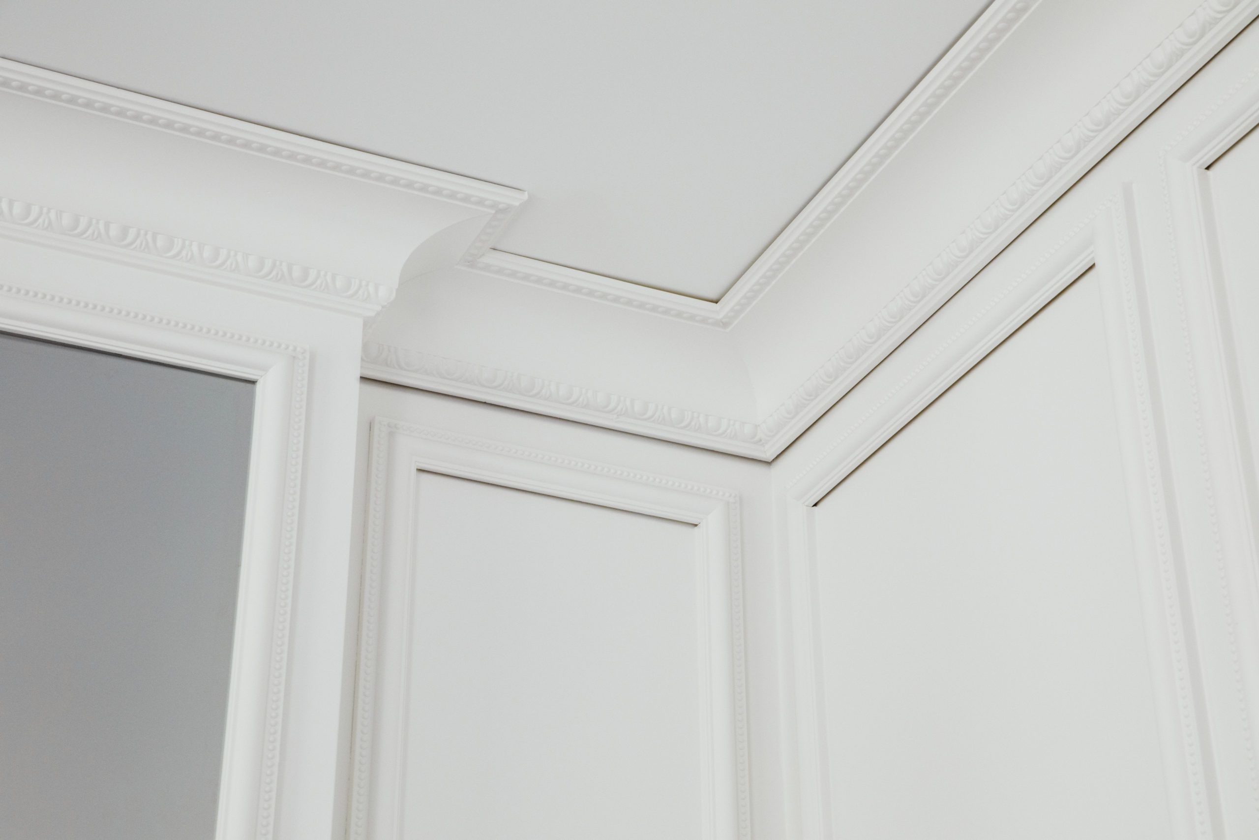 Britannia Hotel in Trondheim's Superior 1897 double room, styled by Metropolis Interior Architects. All rooms in the 1897 building have classic high ceilings, and moulded beautifully cornices, with Britannia's signature pattern.