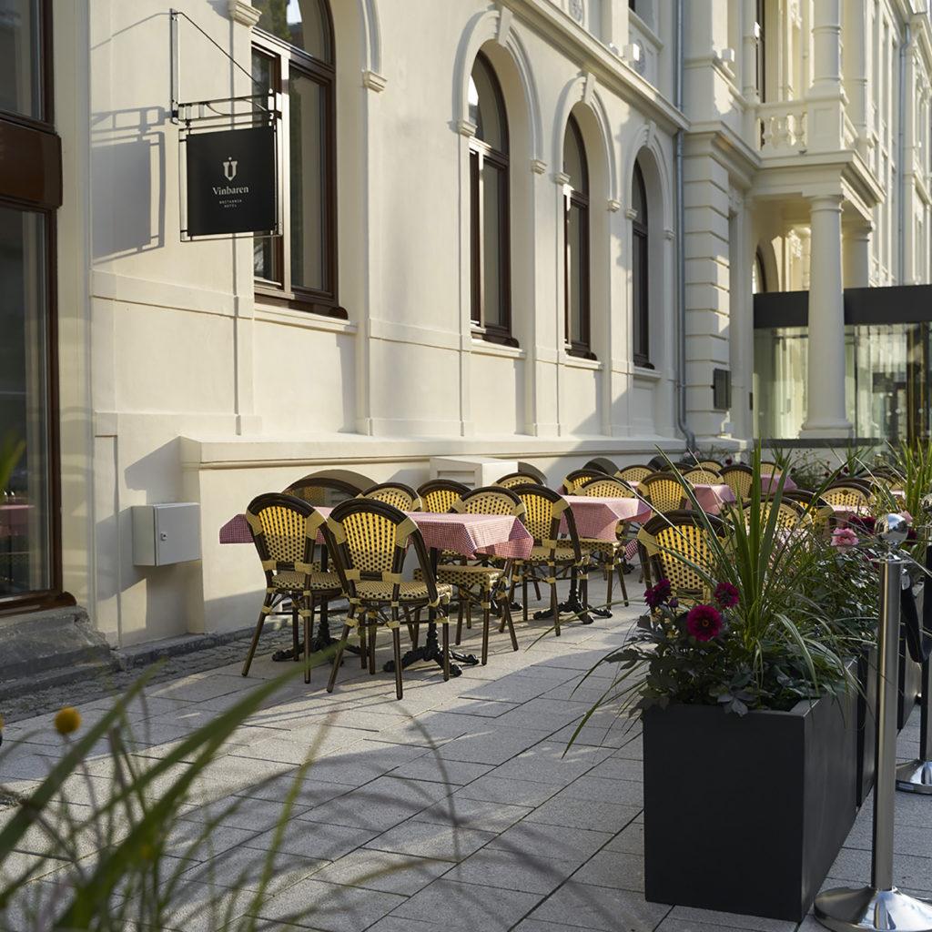 Brasserie Britannia outdoor seating