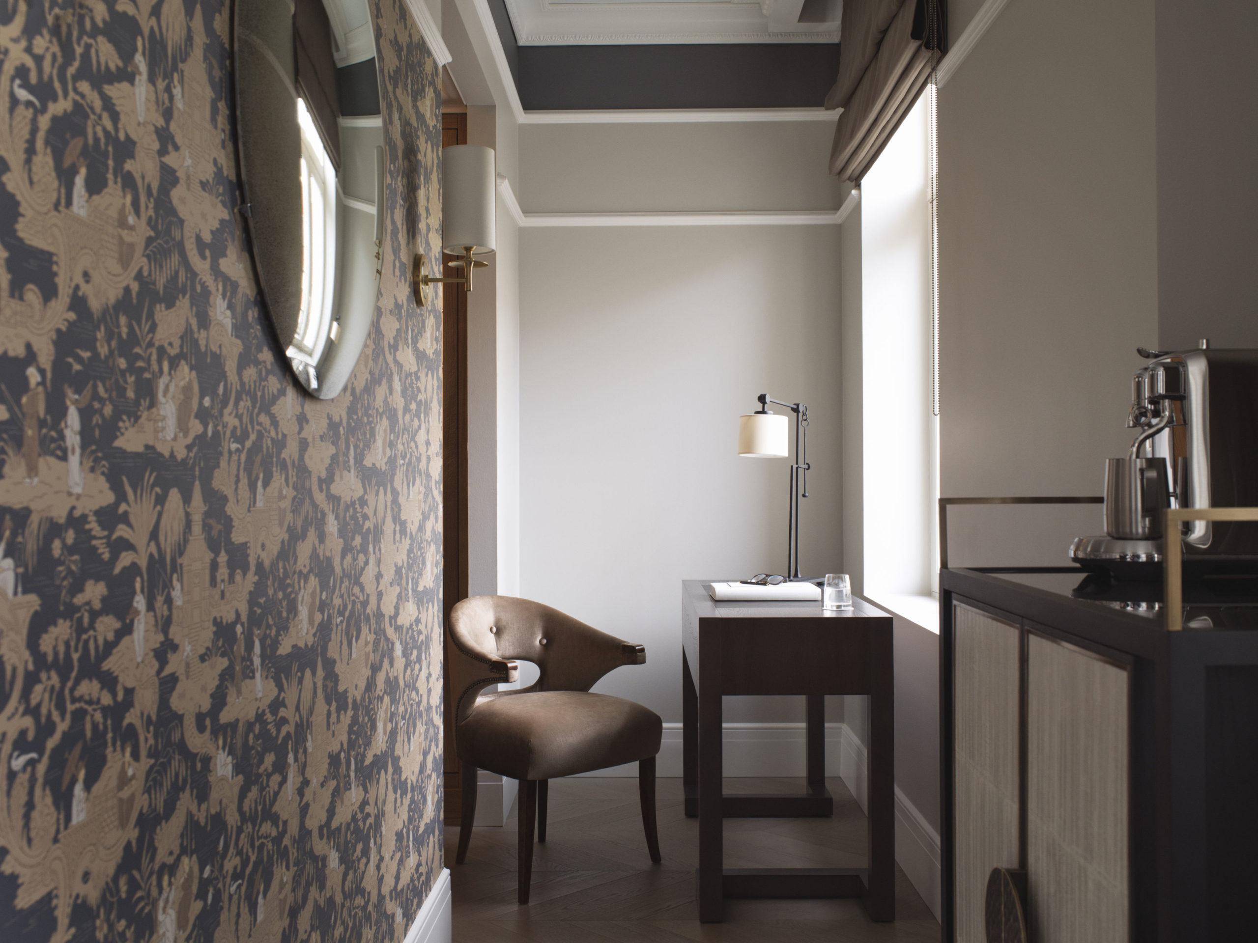 junior suite at Britannia Hotel