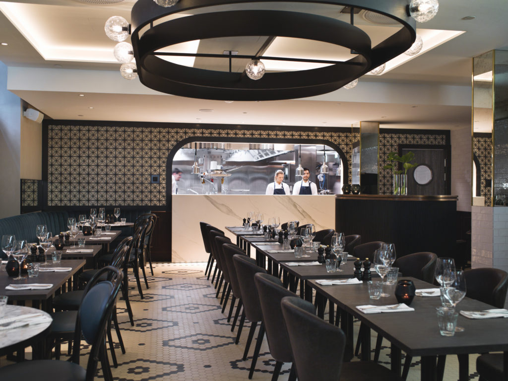Brasserie Britannia is a classic French eatery. Informal, alive with people and pulsating with great dishes.