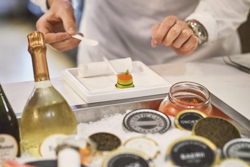 Caviarbaren har et stort utvalg av typer kaviar