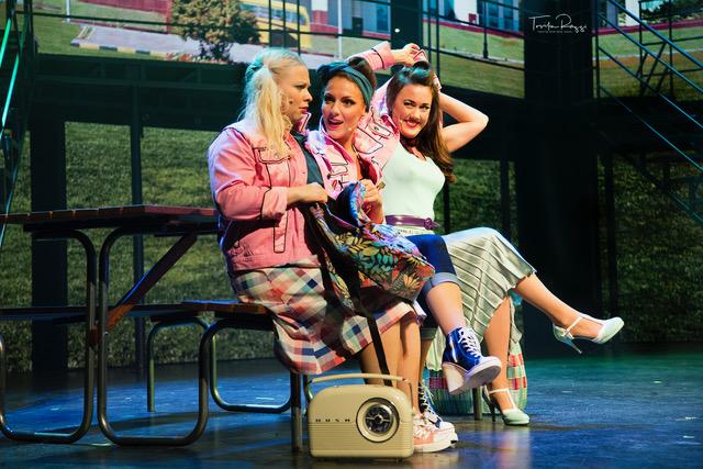 Musikalen Grease kommer til Trondheim Spektrum 29. Februar 2020. Britannia Hotel tilbyr eksklusive billetter til showet med overnatting, frokost i Palmehaven og inngang til Britannia Spa & Fitness.