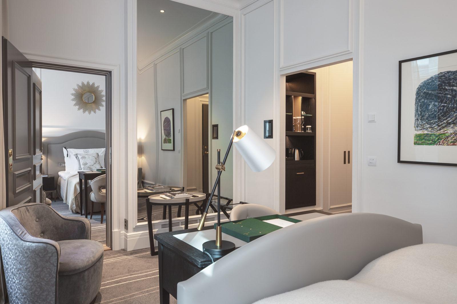 Connecting rooms at Britannia Hotel