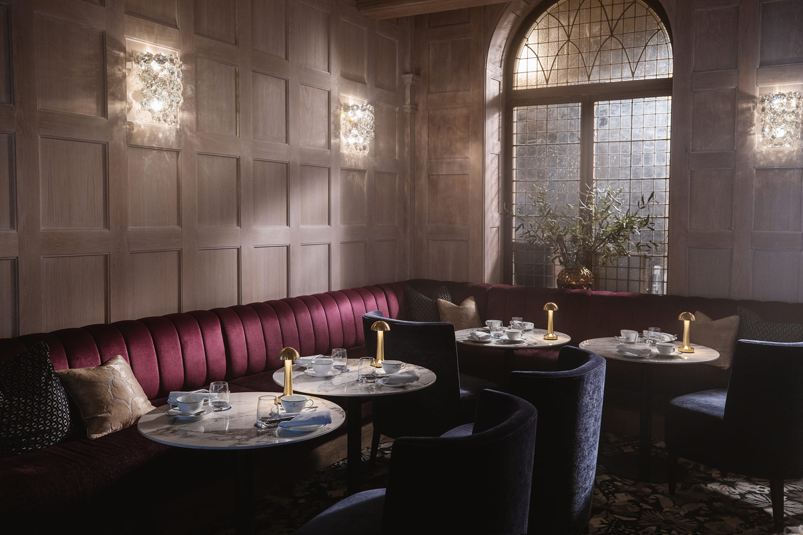 seating in Britannia Bar